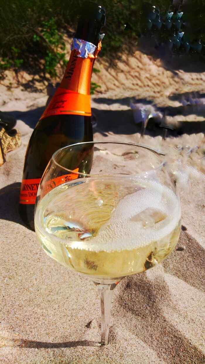 En flaska champagne